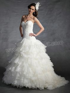 Strapless Sweetheart Neckline and Dropped Waist Wedding Dresses