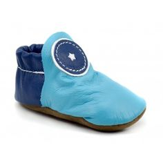 Minimal leather shoes for adults, kids and infants, including moccasins, casual styles, athletic footwear and barefoot running shoes. Barefoot Running Shoes, Minimalist Baby, Leather Baby Shoes, Baby Moccasins, Baby Month By Month, Baby Booties, Kid Shoes, Soft Leather, Slippers
