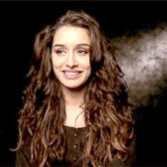 Cute Shraddha Kapoor Girly Quotes, Shraddha Kapoor, Upcoming Movies, Cute Gif, Celebs, Celebrities, Beauty Queens, Bollywood Actress, Indian Actresses