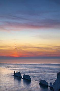 The Needles, Isle of Wright Needles Isle Of Wight, Isle Of Wright, English Islands, Isle Of Wight England, Ile De Wight, Beautiful Places To Travel, What A Wonderful World, Island Life, Beautiful Islands