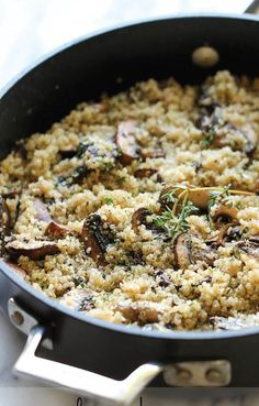 Garlic Mushroom Quinoa. An easy, healthy side dish that you'll want to make with every single meal!