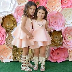 Would be pretty Easter dresses. White Flower Girl Dresses, Little Girl Dresses, Girls Dresses, Baby Girl Fashion, Toddler Fashion, Kids Fashion, Baby Girl Dress Patterns, Baby Dress, Kids Gown
