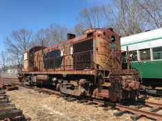 Minecraft House Designs, Minecraft Houses, Rust In Peace, Abandoned Train, Railroad Photography, Old Trains, Urban Exploration, Train Tracks, Locomotive