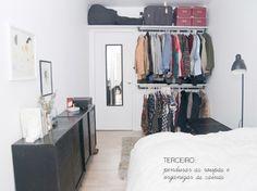 Aprenda a montar seu closet em casa e deixe suas peças mais organizadas, arejadas e acessíveis no dia a dia!