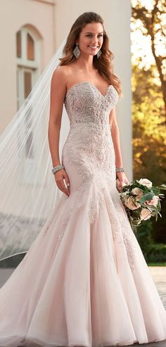 CC's Boutique offers the Stella York Bridal gowns at a wonderful price. Call today to verify our pricing and availability for the Stella York Bridal dress. Stella York is available at our Tampa location. Fit And Flare Wedding Dress, Sweetheart Wedding Dress, Sexy Wedding Dresses, Bridal Dresses, Wedding Gowns, 2017 Wedding, Trendy Wedding, Luxury Wedding, Mermaid Wedding