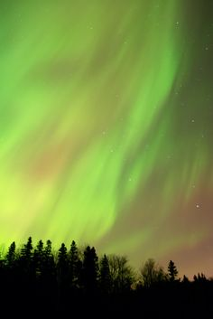 Photographing Northern Lights With Your Digital SLR