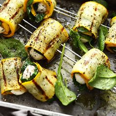 Zucchini skewers - try the grill recipe for zucchini skewers - # eat . - Zucchini skewers – Try the grill recipe for zucchini skewers – - Weber Grill Recipes, Barbecue Recipes, Grilling Recipes, Veggie Recipes, Beef Recipes, Vegetarian Recipes, Cooking Recipes, Healthy Recipes, Vegetarian Lifestyle
