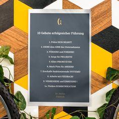 """Einfach. Gut.  Die """"10 Gebote erfolgreicher Führung"""" von @stefan_fraedrich  #unternehmer #unternehmertum #leadershipquotes #agenturleben #agenturalltag Leadership Quotes, Letter Board, Lettering, Running Away, Entrepreneurship, Communication, Things To Do, Life, Projects"""