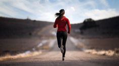 The problem of arthritis is common among ladies and running is an excellent antidote for that. It is fascinating to study how does running change a woman's body Benefits Of Running, Benefits Of Exercise, Interval Running, Running Workouts, Fitness Motivation, Fitness Goals, Jogging, Tempo Run, Sport Treiben
