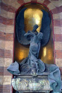Cimitero Monumentale di Milano #TuscanyAgriturismoGiratola
