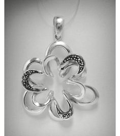 PE000861 Stylish Sterling Silver Pendant Solid 925 Flower