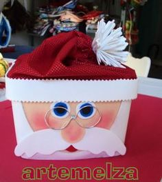 ARTEMELZA - Arte e Artesanato: Papai Noel no pote de sorvete. passo a passo