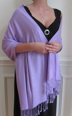 Solid Pashmina shawls on sale make delightful evening shawls wraps. Perfect for wedding shawls and bridesmaids shawls. Gift Pashminas on sale and watch those special ladies smile!