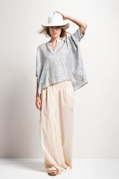 HUMANOID -spring/summer 2015 Love it. Wide pants and soft oversized tops, exactly my cup of tea!