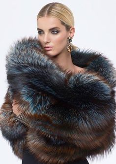 fur fashion directory is a online fur fashion magazine with links and resources related to furs and fashion. furfashionguide is the largest fur fashion directory online, with links to fur fashion shop stores, fur coat market and fur jacket sale. Fur Fashion, Look Fashion, Winter Fashion, Looks Style, My Style, Fur Accessories, Fur Wrap, Fabulous Furs, Winter Wear