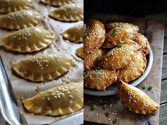 BLOGKONYHA: PITE CSIRKEMÁJJAL Salty Snacks, Pretzel Bites, Apple Pie, French Toast, Muffin, Food And Drink, Favorite Recipes, Bread, Dinner