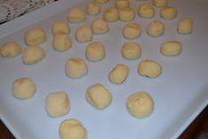Storie golose: Castagnole alla ricotta Biscotti, Griddle Pan, Italian Recipes, Food And Drink, Breakfast, Cakes, Anna, Traditional, Brioche