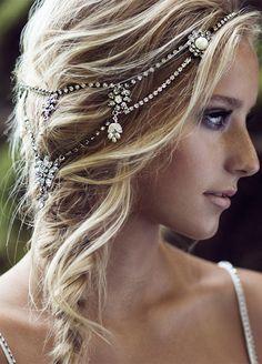 10 Wedding Bling Ideas: A rhinestone hair chain or garter is a totally…