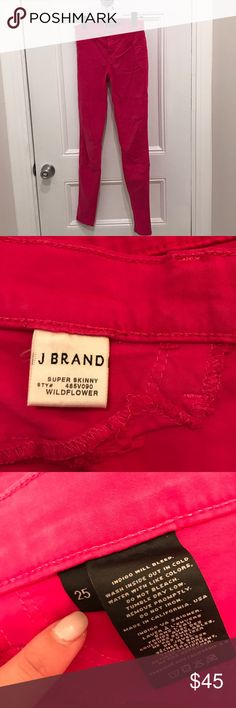"""J Brand Super Skinny Ankle Pants Hot Pink Size 25 J Brand Super Skinny Ankle Pants Hot Pink Size 25. Color is """"wildflower"""". Great condition these have only been worn once. Soft buttery material makes for a comfortable feel. Great, vibrant color for spring and summer! J Brand Jeans Ankle & Cropped"""