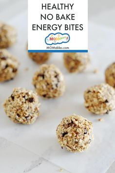 These No-Bake Oatmeal Raisin Energy Bites are the perfect easy no bake healthy snack! Healthy School Snacks, Healthy Vegan Snacks, Healthy Baking, Healthy Recipes, No Bake Snacks, Easy Snacks, Yummy Snacks, Toddler Snacks, Kid Snacks