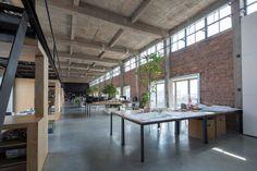 Galeria de Silo-top Studio, Escritório na cobertura de um antigo armazém / O-OFFICE Architects - 8