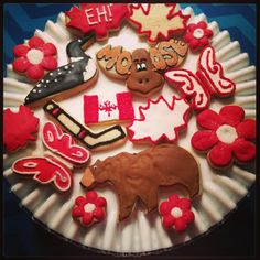 Patriotic Cookies: Trending Over Last Week Canada Day Party, Happy Canada Day, Shortbread Recipes, Cookie Desserts, Cookie Decorating, Gingerbread Cookies, Sweets, Dishes, Baking