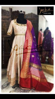 Elegance at its best. Indian Gowns Dresses, Indian Fashion Dresses, Dress Indian Style, Indian Designer Outfits, Indian Outfits, Designer Dresses, Half Saree Designs, Silk Saree Blouse Designs, Lehenga Designs
