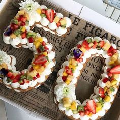 If square or circle-shaped cakes are boring you, try these letter and number cakes! Pretty Cakes, Beautiful Cakes, Amazing Cakes, Number Birthday Cakes, Number Cakes, Cake Birthday, 50th Birthday Favors, Cake Cookies, Cupcake Cakes
