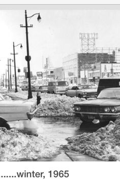 1965 Detroit snow-One of the worst snow storms in history! 1965 my Mother drove us to Detroit from South Carolina to live! Detroit Rock City, Detroit Area, Flint Michigan, Detroit Michigan, Detroit History, Weather Storm, Great Lakes Region, Winter Wonder, Ann Arbor