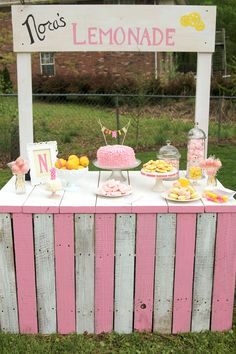 Sunshine & Lemonade first birthday party. Sweet Little Details.