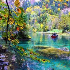 Blausee Lake in Kandergrund, Canton of Bern | Switzerland