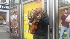 Straßenmusik in Wien (Gitarrist mit Otherside von den Red Hot Chili Peppers) Hot, Selfie, Street, Music, Musica, Musik, Muziek, Music Activities, Walkway