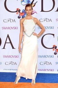 Heidi Klum & Alessandra Ambrosio Brighten Up the Night at CFDA Fashion Awards 2014 Image Fashion, Fashion Models, Fashion Designers, Fashion Fashion, Fashion Trends, Swarovski, Celebrity Red Carpet, Celebrity Style, Rihanna