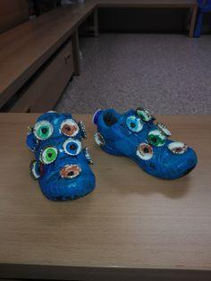 schoenen: monster Crazy Socks, Crazy Hair, Turquoise Bracelet, Classroom, Costumes, School, Projects, Accessories, Jewelry