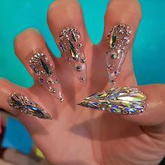 66e6f0cdbace 30 cool and trendy stiletto nail art designs