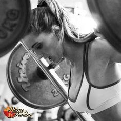 Las claves del entrenamiento de pesas en un gimnasio. Todo sobre la barra olimpica y los ejercicios que puedes hacer con ella. Gym, Barbell, Weights, Training, Exercises, Gym Room