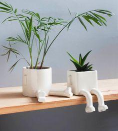 urban legs gardening IV Small Plants, Indoor Plants, Ceramic Planters, Planter Pots, Keramik Vase, Creative Workshop, Garden Gifts, Clay Pots, Hanging Planters