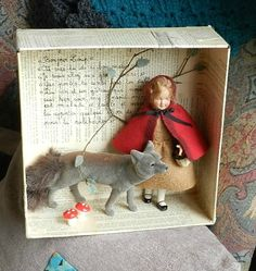 the doll in a shadow box Altered Tins, Altered Art, Paper Dolls, Art Dolls, Puppets For Kids, Cardboard Sculpture, Shadow Box Art, Tin Art, Assemblage Art
