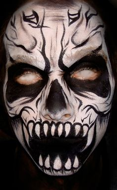 of the Dead: Most Impressive Face Painting Art Collection - - scary face paint Body Body Monster Face Painting, Dragon Face Painting, Face Painting For Boys, Body Painting, Painting Art, Fete Halloween, Halloween Make Up, Halloween Face, Halloween Costumes