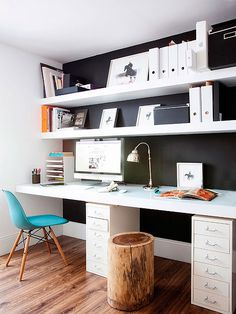 Zona de trabajo en casa: espacio para dos Más Office Desk, Furniture, Design, Home Decor, Corner Desk, Homemade Home Decor, Desktop, Desk, Home Furniture