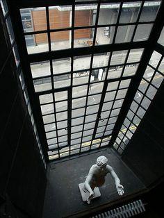 Glasgow School Of Art Glasgow School Of Art, Art School, Charles Rennie Mackintosh, Glasgow Scotland, Arts And Crafts Movement, Art Studies, Architectural Elements, Best Cities, Plays
