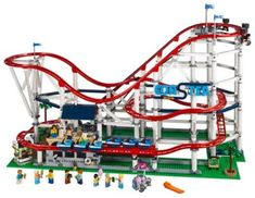 Ready for the ultimate LEGO® building challenge? These advanced LEGO® Creator Expert sets are great for expert builders with big ideas Lego Ninjago, Lego Duplo, Boutique Lego, Trains, Photo Souvenir, Lego Builder, Lego Store, Shop Lego, Lego System