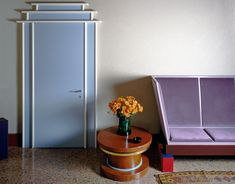 The Bold Comeback of Extroverted 1980s Design — 1stdibs Introspective