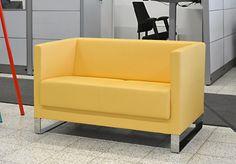 700 e. Lite sohva