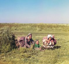 1911: Many Central Asiatic peoples lived nomadic lives, migrating seasonally from one place to another. Russia Before the Revolution, in Color