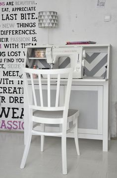 wall stickers/painted slogans