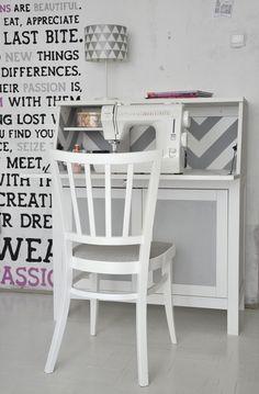 Sweet desk for sewing machine/crafting! Ikea Hacks rule!