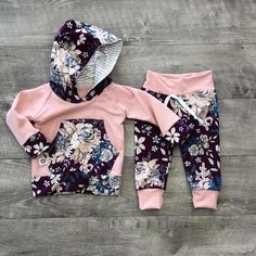 2 Pcs Pink and Floral Hoodie Outfit Set