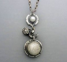 Pearl in a Pocket by Temi on Etsy