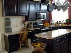 Pretty Lil Posies: $250 Kitchen Makeover with $20 Granite Countertops...Faux Real!